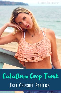 Crochet this easy, flowy crop tank top with this free pattern from Crochet Tank Tops, Crochet Cape, Crochet Summer Tops, Crochet Shorts, Crochet Blouse, Crochet Clothes, Free Crochet, Knit Crochet, Crochet Vests