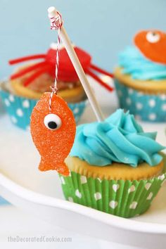 """These summer cupcake ideas with candy toppers are cute and easy. """"Gone Fishing"""" Father's Day cupcakes. Gumdrop crabs and fish. Crab Cupcakes, Fishing Cupcakes, Cupcake Cookies, Cupcake Toppers, Party Cupcakes, Decorate Cupcakes, Cupcake Cupcake, Birthday Cupcakes, Cute Cupcake Ideas"""