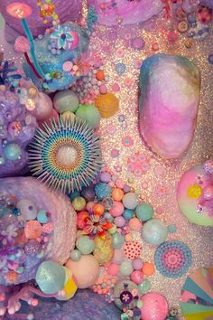 pastel and neon coral Instalation Art, Belle Photo, Pastel Colors, Rainbow Colors, Color Inspiration, Sea Shells, Illustration, Creations, Artsy
