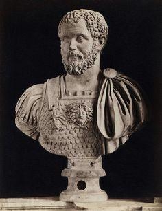 - Septimius Severus , 193-211 d.C . Mármol . Sala de los Emperadores . Palacio Nuevo . Museos Capitolinos .Roma ./tcc/
