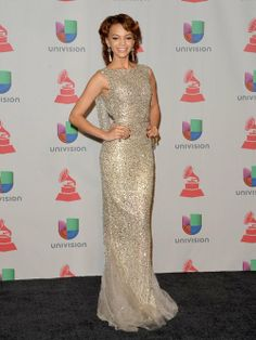 Happy Friday Braves !!! Come Check Out My Picks For Best & Worst Dressed Ladies At Last Night's 14th Annual Latin Grammy Awards!!! http://bravechica.com/2013/11/22/my-picks-for-best-worst-dressed-ladies-at-last-nights-14th-annual-latin-grammy-awards-las-mejor-y-peor-vestidas-en-los-latin-grammys-2013/ … #latingrammys  #style #fashion #friday #tgifriday #LeslieGrace