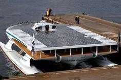 """Fotovoltaico in mare: giro del mondo """"green"""". #energia #fotovoltaico #energiasolare #rinnovabili Site: www.cinesrl.it Facebook: www.facebook.com/Cinesrl"""