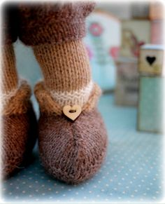 Mary Jane's TEAROOM: Tearoom Shop also on ravelry -- pretty sweater patterns to buy Teddy Bear Knitting Pattern, Animal Knitting Patterns, Sweater Knitting Patterns, Knitting Toys, Bear Patterns, Knitting Ideas, Knitted Hats, Knitted Bunnies, Crocheted Toys