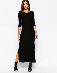 Sisley+Maxi+Dress+in+Black+with+Side+Split