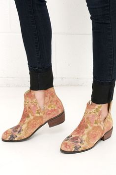 Sbicca Rosette Natural Floral Print Cutout Leather Booties at Lulus.com!