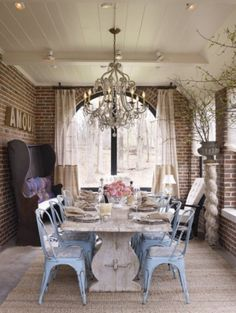 shabby chic dinner party.