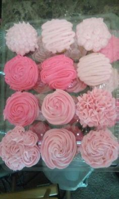Pretty in Pink Cupcakes #CupcakesByTyph