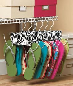 Handy way to organize flip flops.