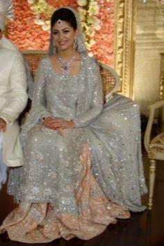 Beautiful pakistani bridal wear!