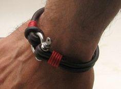 FREE SHIPPING Herren Leder Armband braun Leder Herren Manschette Armband mit Silber vergoldet Omega-Verschluss