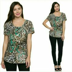 """Plus size short sleeve blouse top Size 1X NWT Pretty plus size blouse. Size 1X. Super soft medium weight polyester. Not sheer or see through. Bust 40"""", 26"""" Long. Made in the USA. Brand new with tag. Jill Marie Boutique Tops Blouses"""