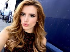 This girl's got a birthday today the we can't help but celebrate with all the love + glitter. HBD @BellaThorne , Get that cake girl. <3