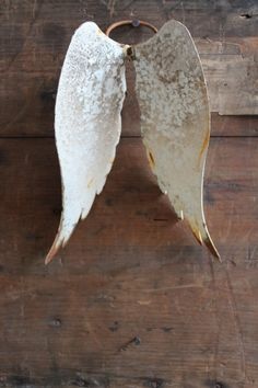 attic - DECORATIVE ANGEL WINGS - Decorative aged painted metal Angel Wings with ring attached at the back to place on a bottle or hang up. Size: approximately H19 x W14 x D9 cm