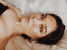 Make-up-Idee Kopf neigen flashmode.be / … … - maquillage Bb Beauty, Beauty Makeup, Hair Beauty, Makeup Style, Brunette Beauty, Beauty Style, Natural Summer Makeup, Natural Makeup Looks, Fresh Makeup Look