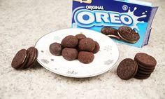 Otočíš, olízneš a omlékuješ - aneb jak se mají jíst sušenky Oreo? My máme ještě jeden super TIP! Připravte si z nich nepečené kuličky a buďte za hvězdu. tescorecepty.cz - čerstvá inspirace