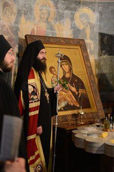 Abbot Methodios of Hilandar Monastery, Mount Athos Christ The King, Byzantine Icons, Orthodox Christianity, Russian Orthodox, Thessaloniki, Orthodox Icons, Christian Art, Kirchen, Religious Art