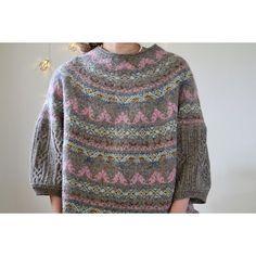 Knitting Patterns Jumper Ravelry: Astrid pattern by Junko Okamoto Fair Isle Knitting Patterns, Sweater Knitting Patterns, Crochet Cardigan, Knitted Shawls, Lace Knitting, Knit Crochet, Ravelry, Hand Embroidery Videos, Knit Fashion