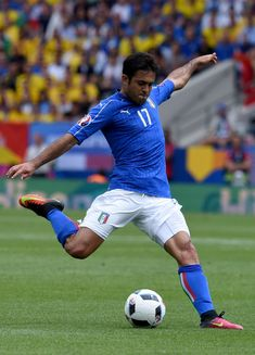 Eder of Italy in action during the UEFA EURO 2016 Group E match between Italy and Sweden at Stadium Municipal on June 17, 2016 in Toulouse, France.