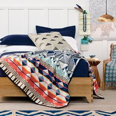 http://www.pendleton-usa.com/assets/images/cms/section/home/03_30_16_M1.jpg
