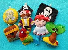 Make Your Own Felt Pirate Garland Kit. Pirate decorations. Pirate decor. Sewing pattern. DIY craft kit.