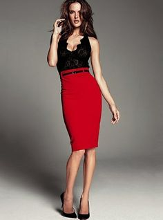 Find Here 43 Stylish High-waisted Pencil Skirt Outfits Ideas Pencil Skirt Outfits, High Waisted Pencil Skirt, Preppy Outfits, Outfits For Teens, Work Outfits, Preppy Sweater, Red Carpet Dresses, Beautiful Celebrities, Skirt Fashion