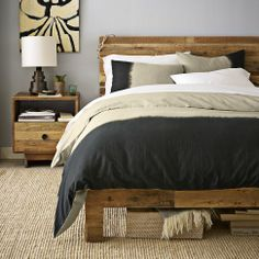 Reclaimed wood Headboard Rustic Chic is part of Reclaimed wood beds - Welcome to Office Furniture, in this moment I'm going to teach you about Reclaimed wood Headboard Rustic Chic Pallet Furniture, Bedroom Furniture, Home Furniture, Furniture Projects, Furniture Plans, Western Furniture, Furniture Stores, Office Furniture, Modern Furniture