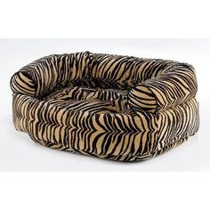 Diamond Microvelvet Double Donut Pet Bed  Urban Fauna Large 42 x 32 x 16 in >>> You can find more details by visiting the image link.