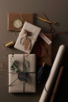 Julen 2019 på Ellos Home – se nyheterna och våra favoriter (Elledecoration. Christmas Gift Wrapping, Christmas Love, Craft Gifts, Christmas Gifts, Christmas Decorations, Creative Gift Wrapping, Diy Gift Box, Christmas Inspiration, Vintage Gifts