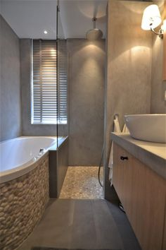 32 Unique Bathroom Accessories to add Function and Style to Your Space - The Trending House Bathroom Toilets, Bathroom Fixtures, Bathroom Showers, Luxury Shower, Shower Surround, Brown Bathroom, Family Bathroom, Bathroom Design Small, Bathroom Inspiration