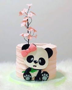 Panda Birthday Cake, 3rd Birthday Cakes, Animal Birthday Cakes, Cake Designs For Girl, Bolo Panda, Pikachu Cake, Panda Cakes, Safari Cakes, Baby Shower Cakes