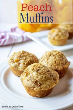 Homemade peach muffins made with canned peaches. These delicious muffins can be made year round using canned diced peaches. Quick and easy muffins with a detailed recipe to follow. These peach muffins are a perfect for breakfast, brunch or a midday snack. Fresh Peach Recipes, Peach Muffin Recipes, Simple Muffin Recipe, Peach Oatmeal Muffins, Clean Eating Granola, Peach Sauce, Best Key Lime Pie, Canned Peaches, Recipes