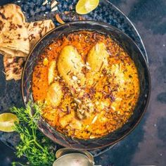 Badami Chicken Curry, Almond Chicken Curry or Chicken Curry with Almonds as the name suggests is a rich chicken curry made along with almonds.