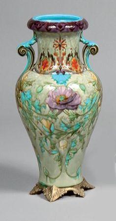Ventes aux enchères Paris Théodore DECK (1823-1891) Grand vase balustre à deux anses appliquées en faï