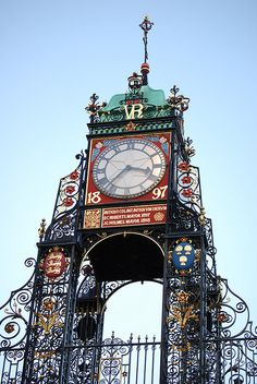 Eastgate clock, the second largest in Britain after Big Ben. Chester, England Find Hotter at 30 Eastgate Row South, Chester, Cheshire. Big Ben, Father Time, As Time Goes By, England And Scotland, Antique Clocks, Kirchen, Great Britain, Two By Two, The Unit