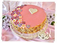 Juditka konyhája: PUNCSTORTA - SZERETETTEL ANYÁK NAPJÁRA Vanilla Cake, Birthday Cake, Baking, Food, Candy, Mudpie, Birthday Cakes, Patisserie, Bakken