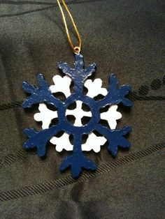Hand painted, NFL team colors inspired snowflake ornament. Sports Syndicate Football picks