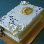 Torty Komunijne   Cukiernia Królewska - Torty Weselne z Krakowa Tray, Cake, Desserts, Food, Tailgate Desserts, Deserts, Kuchen, Essen, Trays