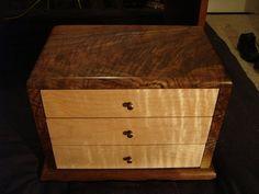 3 Drawer Jewelry box in figured walnut/maple