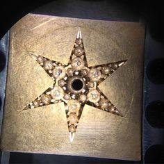 #stonesetting #copenhagen #professional #miaguldberg #craftsmanship #cleancut