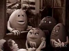 ▶ Wizard Of OZ M&M's Commercial - YouTube