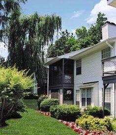 The Hedges Apartments - Greensboro, North Carolina 27455 - Screened in porch/balcony