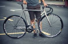 Fixed Gear Oxford: Cinelli Mash Bolt