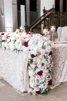 Lush Fl Table Runner Glamorous Wedding Flowers Photography Dana Fernandez Garden