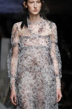 Erdem Spring 2017 Ready-to-Wear Fashion Show Details