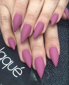 Yep, these claw-like nails could be intimidating but you can make it work to your advantage by painting it with a fuchsia pink nail polish in matte. Since the shape is like the accent, you don't have to add other designs.