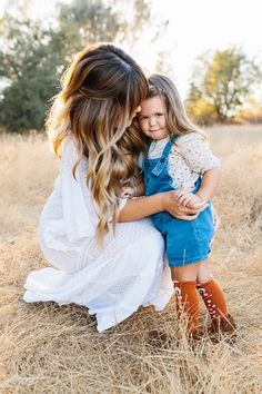 Mommy & daughter. Fall family photos. Boho. Free people Fall Family Photos, Hair Dos, Christmas Presents, Free People, Daughter, Bohemian, Inspiration, Ideas, Fashion
