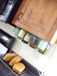 diy to keep kitchen organized 37 http://hative.com/cute-mason-jar-craft-ideas/