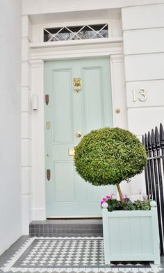 Front Door Paint Colors - Want a quick makeover? Paint your front door a different color. Here a pretty front door color ideas to improve your home's curb appeal and add more style! Aqua Front Doors, The Doors, Front Door Colors, Dark Doors, Exterior Design, Interior And Exterior, Gray Exterior, Interior Doors, Exterior Colors