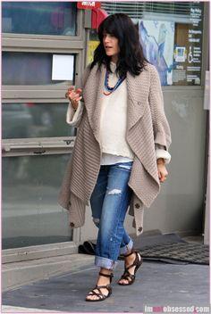 Selma Blair pregnant style - maternity fashion things ...
