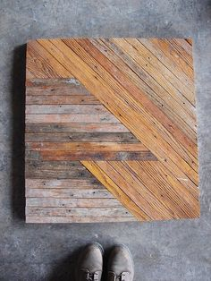 Reclaimed wood tabletop... Like this design so many applications